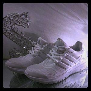 Women's Adidas Cloud Running Shoe